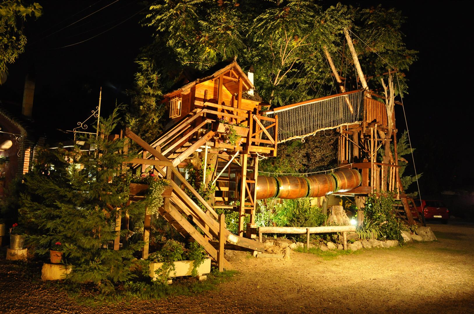 La casa del árbol | Casas Rurales Las Cavas